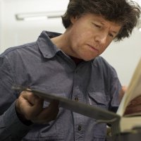 Issaquah bookbinder among handful at libraries nationwide still operating a 'mendery' | The Seattle Times