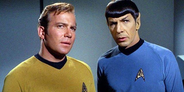 'Star Trek': William Shatner Remembers Leonard Nimoy on Anniversary of His Death