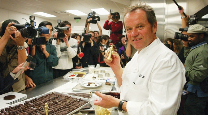 Wolfgang Puck Dishes on 25 Years of Governors Ball – Variety