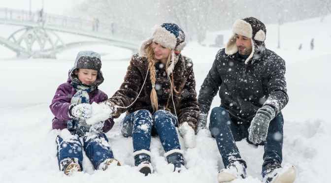 9 Essential Steps for Planning a Family Trip During COVID-19