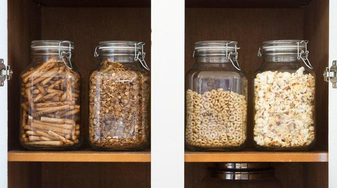 How to Clean and Refresh Your Pantry for Spring – Sunset Magazine
