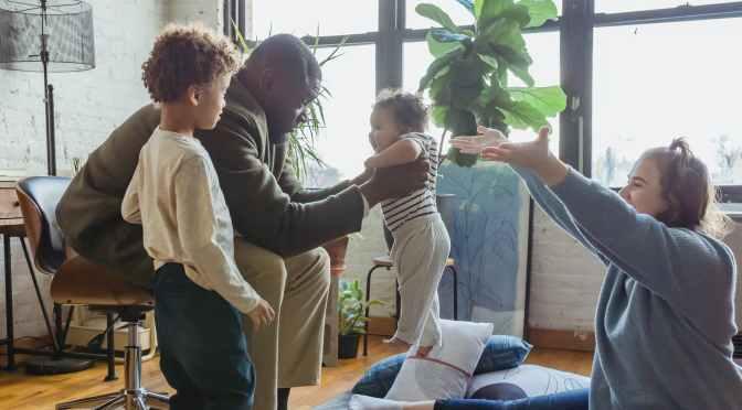 Want to Raise Successful Kids? Jeff Bezos Says Practice This 1 Simple Habit | Inc.com