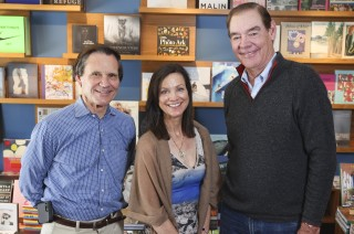 Happy ending for Warwick's bookstore as local investors step in to save the day – The San Diego Union-Tribune